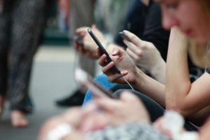 réseaux sociaux influenceurs
